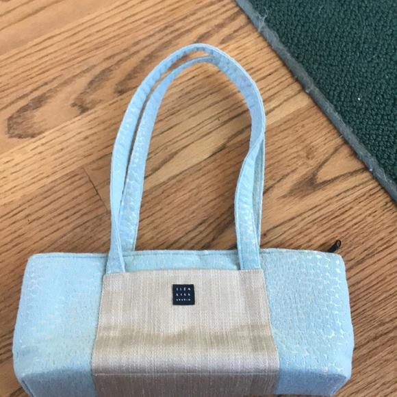 1154 Lill Studio Handbags - Fashionable Clutch